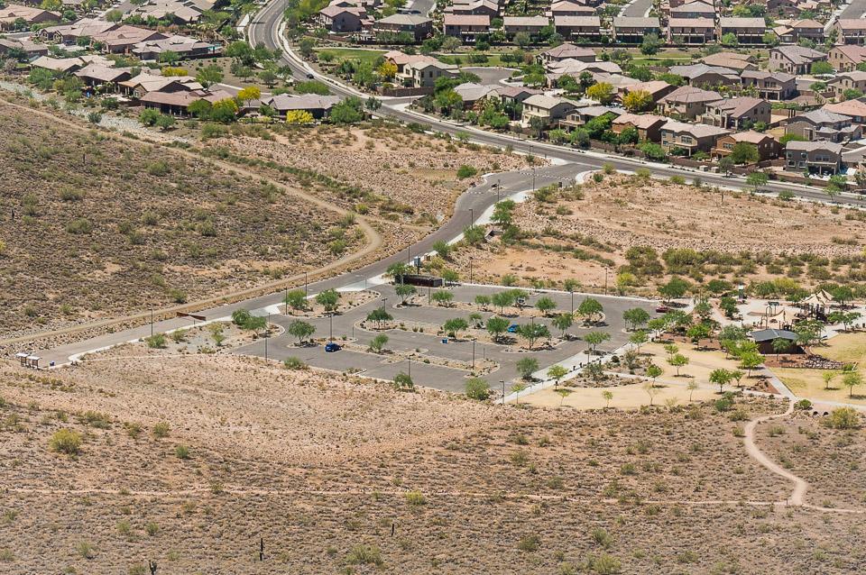 Deem Hills Trailhead Parking - Deem Hills Pkwy